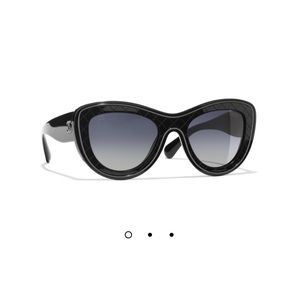 """🖤""""2018"""" CHANEL Gorgeous Cat Sunnies! Brand New!"""